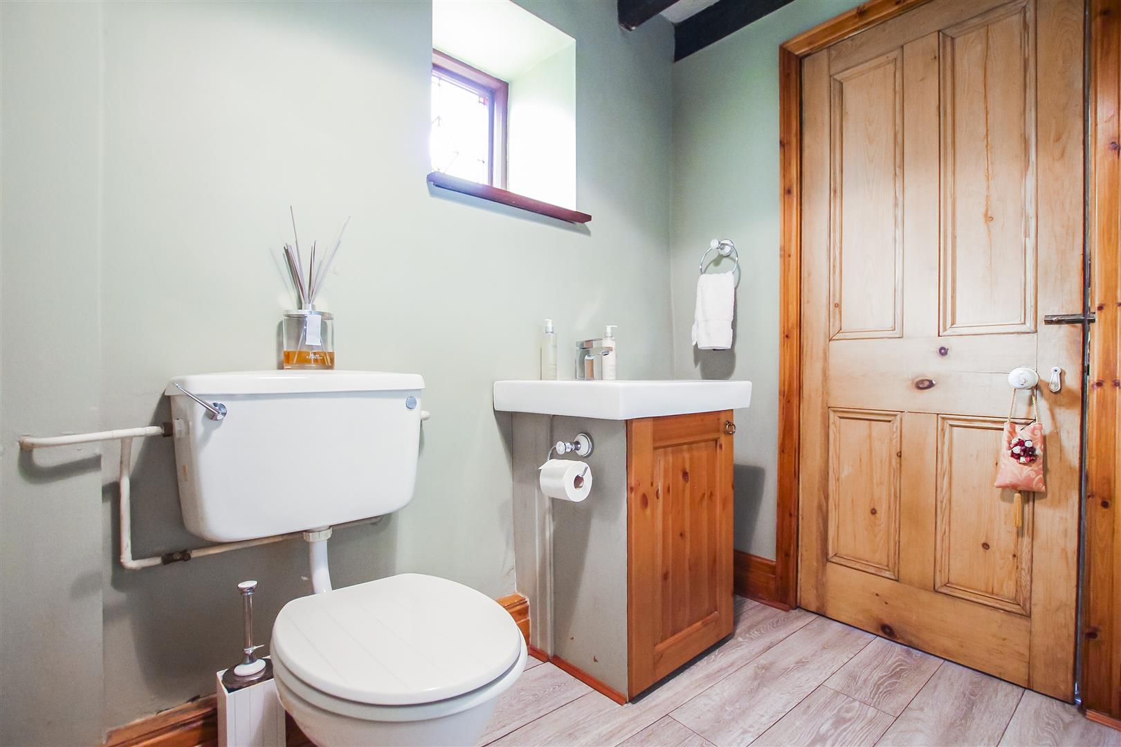 5 Bedroom Barn Conversion For Sale - Image 25
